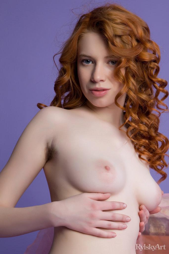 Gillian[16P]