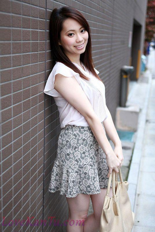 YunaInui干优那032619_003隣に住む清楚で绮丽なお姉さんに中出し